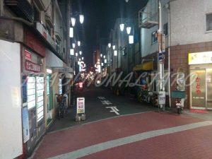 商店街から見た松島新地の入り口