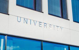 university-2119707_1920
